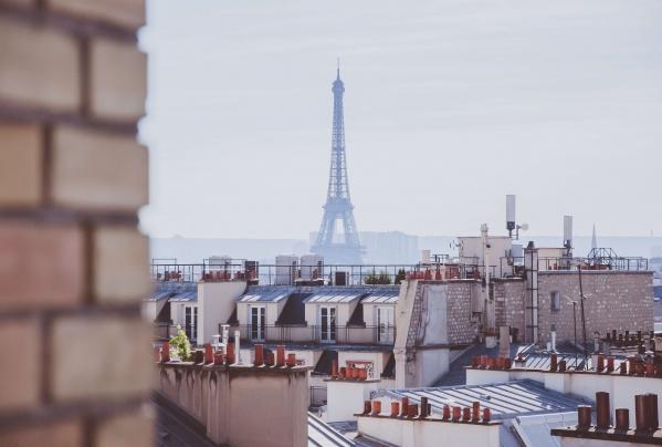 Green lung around Eiffel Tower